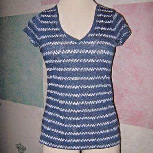 Blue White Zigzag Stripe V Neck Stretch Shirt L